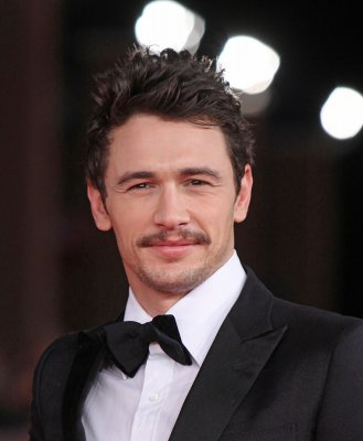 Franco and Hathaway named Oscar hosts