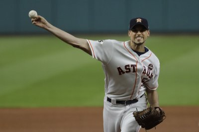 Astros aiming to increase lead on A's