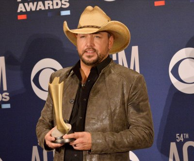Jason Aldean adds 22 dates to 'We Back' tour
