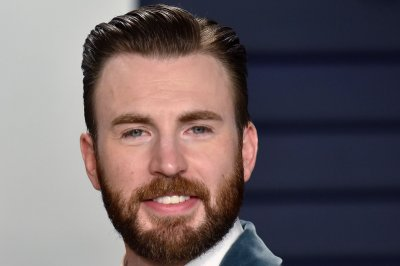 'Gray Man': Chris Evans, Ryan Gosling film gets $20 million tax credit