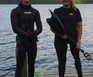 Diver finds swimmer's lost prosthetic leg in British lake