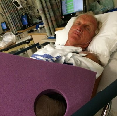 Greg Norman injures hand with chainsaw