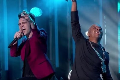 Panic! at the Sisqo performs 'The Thong Song' on 'Jimmy Kimmel Live!'