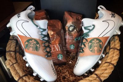 Minnesota Vikings' Stefon Diggs gets Starbucks football cleats