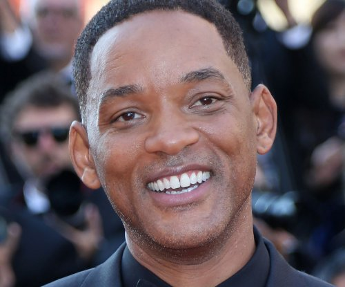 Will Smith shares photo of him and his 'Aladdin' co-stars visiting Petra in Jordan