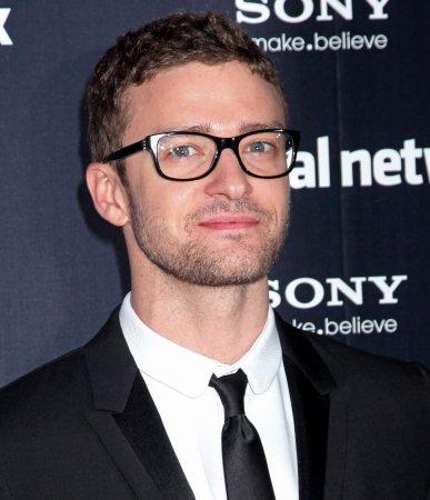 Timberlake injures leg on film set