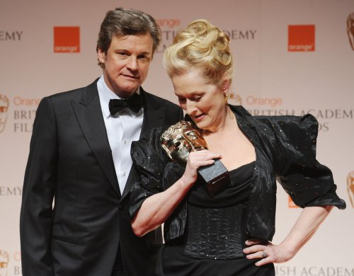 Firth rescues Streep during shoe snafu