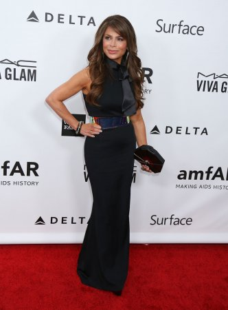 Paula Abdul is suing Los Angeles tanning salon