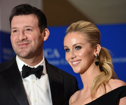 Tony Romo open to 'massaging' contract in order to change teams