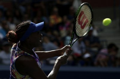 Venus Williams upsets Svetlana Kuznetsova at Miami Open