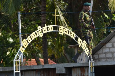 Officials: Sri Lankan bombing suspects 'well educated,' had international ties