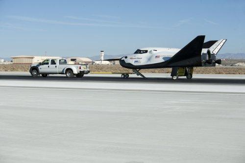 Private space shuttle in taxi testing in California