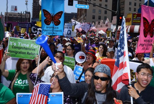 Thousands rally across U.S. to mark May Day