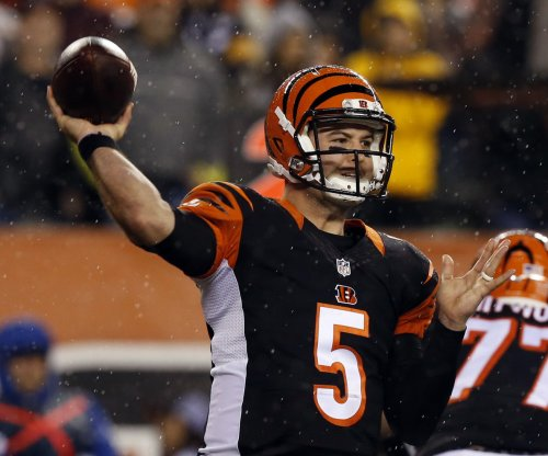 AJ McCarron: Cleveland Browns miss deadline on proposed trade to Cincinnati Bengals