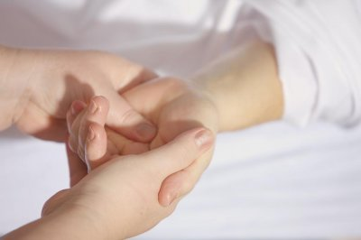 Wrist device could help people with hand, arm tremors