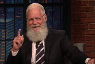 Letterman says Meyers' 'Late Night' is 'smart and contemporary'