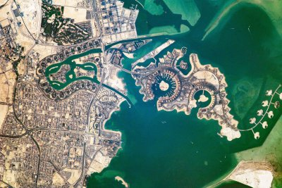 Fitch: Energy-rich Qatar goes from crisis to surplus
