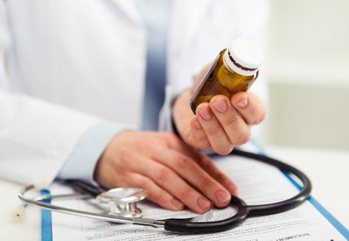 Study: Drug company payments to doctors may increase opioid prescribing