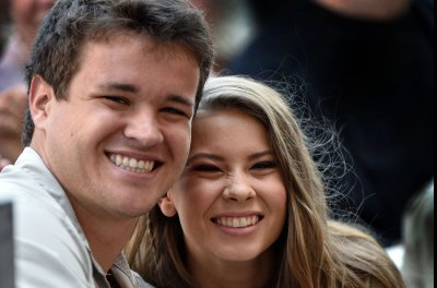 Bindi Irwin says she kept maiden name to honor late dad