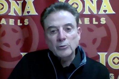 Iona, basketball coach Rick Pitino announce 2nd COVID-19 season pause