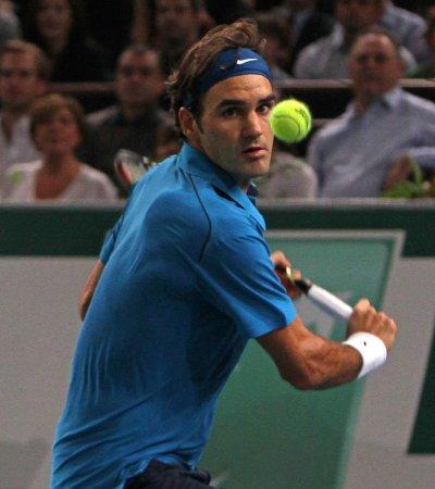 Federer sharp in third-round Australia win
