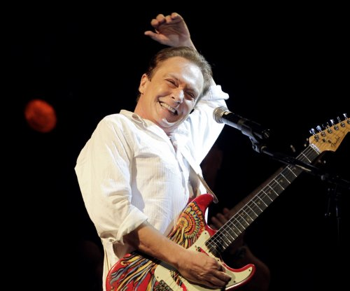 Singer, former teen idol David Cassidy dead at 67