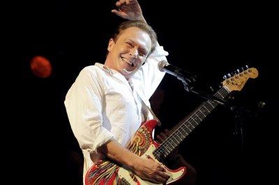 Singer, former teen idol David Cassidy dead at 67
