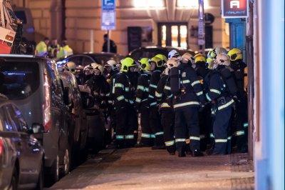 Czech Republic: Prague hotel fire kills two, injures dozens