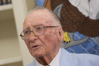 Pearl Harbor veteran Donald Stratton dies at 97
