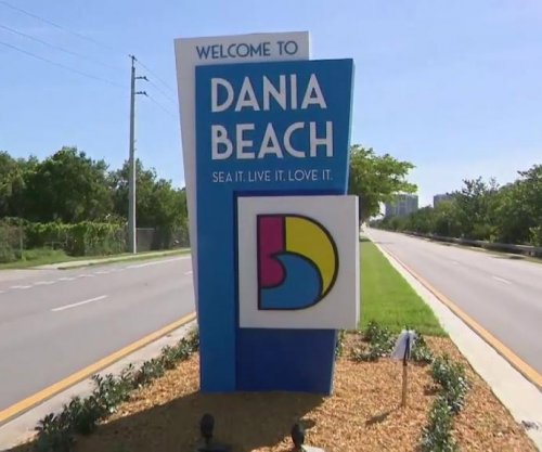 Watch: Florida city's new 'welcome' sign erected in the wrong city