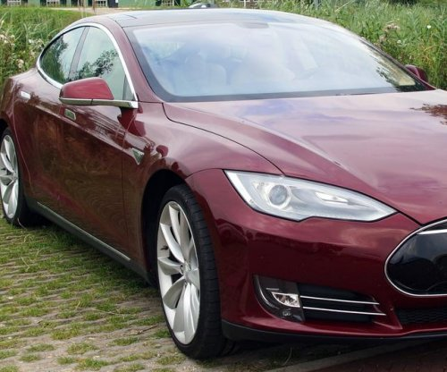 Tesla Motors recalls 90K Model S vehicles after single report of seat belt issue