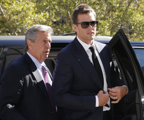 New Engand Patriots: Tom Brady treated unfairly over Deflategate