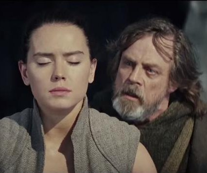'Star Wars: The Last Jedi' teaser: Rey must choose between light or dark side