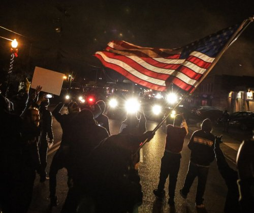 Ferguson grand juror files lawsuit to remove gag order