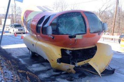 Oscar Mayer Weinermobile crashes in Pennsylvania