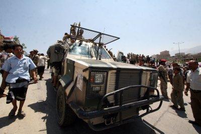 Governor of Aden, Yemen, killed in Islamic State car bombing
