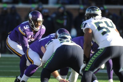 Teddy Bridgewater excels as Minnesota Vikings dispatch San Diego Chargers