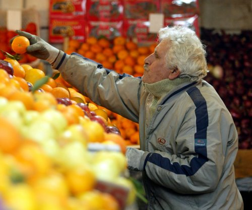 Fruit-rich diet may cut age-related macular degeneration