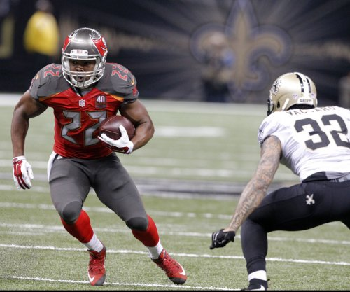 Tampa Bay Buccaneers prepare without WR Vincent Jackson, RB Doug Martin
