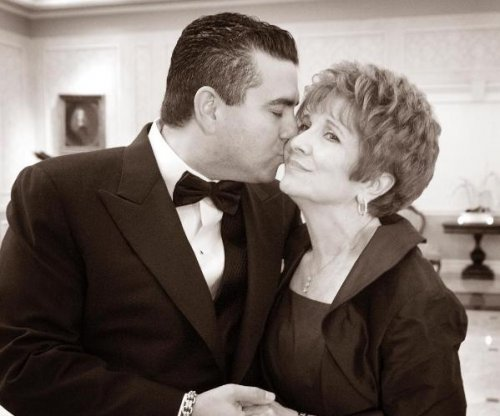 'Cake Boss' star Buddy Valastro's mother dead at 69
