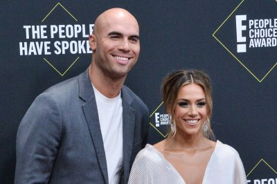 Jana Kramer, Mike Caussin celebrate his 'most sober year' yet