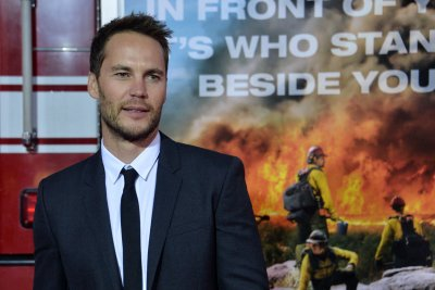 Famous birthdays for April 8: Taylor Kitsch, Robin Wright