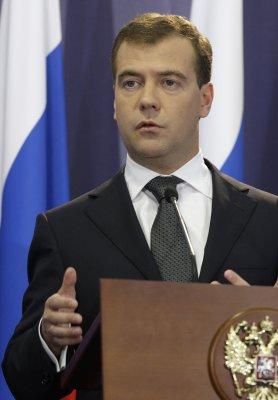 Russia, S.Ossetia, Abkhazia sign treaty