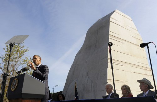 Obama: Jobs bill broken into small 'bites'