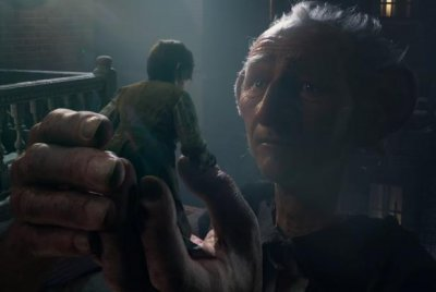 First trailer released for Steven Spielberg's giant fantasy 'The BFG'