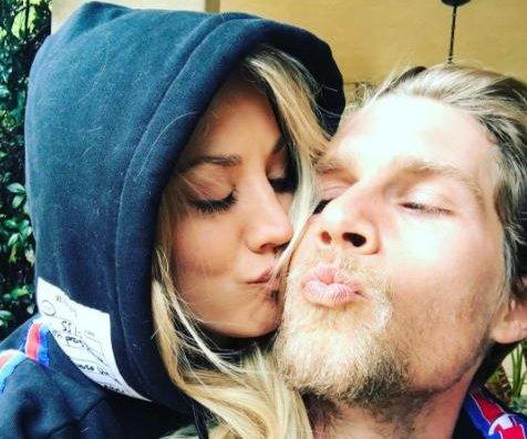 Kaley Cuoco kisses boyfriend Karl Cook in new photo