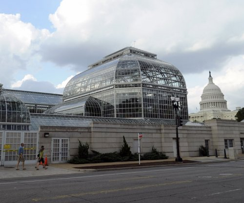 D.C. police: Driver tried to run over cops near Capitol