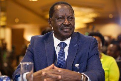 Kenyan court blocks TV shutdown over Odinga 'inauguration'