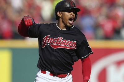 Indians' Francisco Lindor out for at least six weeks with calf strain