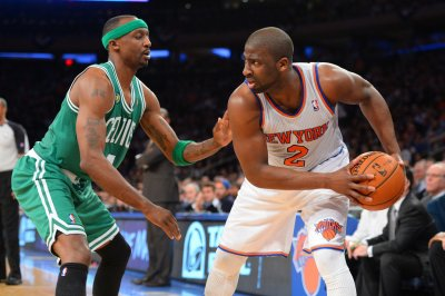 Knicks' Raymond Felton arrested for weapons possession